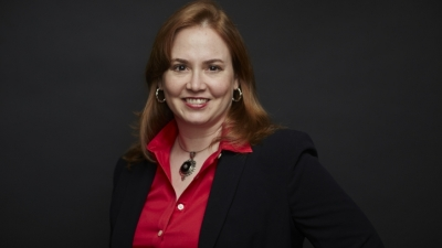 Prof. Allison Squires headshot